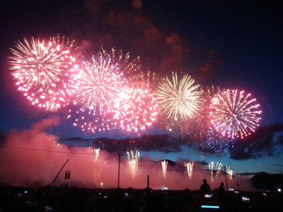160827_fireworks_opening2